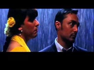 Rahul Bose Meets Eunuch   Funny Comedy Scenes   Kareena Kapoor   Chameli Movie   Bollywood Film