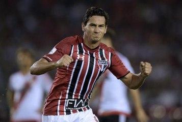 Fluminense estuda composição salarial para avançar por Ganso  0e04a837964e7