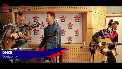 "DNCE en live dans Le Lab Virgin Radio "" Toothbrush"""