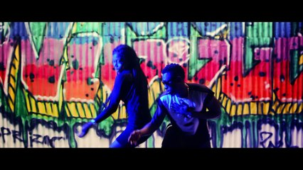 Moblow ft. Orezi & CDQ - Wiggle Remix [Official Video]