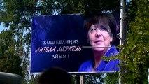 """Almanya Başbakanı Merkel""""İn Kırgızistan Ziyareti - Caddelere Merkel Posterleri Asıldı"""