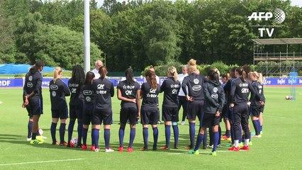 Foot/JO-2016: les Bleues à l'entraînement à Clairefontaine