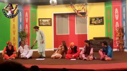 Stage Drama funny clip with kismat baig and nasir chinyoti