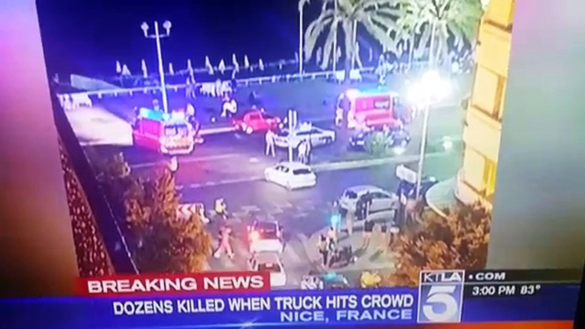 BREAKING NEWS TRUCK RUNS INTO CROWD 30 KILLED NICE FRANCE 7-14-2016