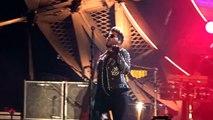 Queen  Adam Lambert - Clip of Adam strutting his stuff in Italy 25.6.16