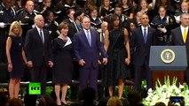 Malaise : George Bush danse lors d'un hommage aux policiers tués à Dallas