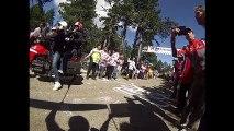 12/ Chris Froome, courant à pied son vélo cassé à la main, dans la 12e étape du Tour de France