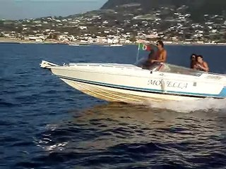 Monella Ischia spettacolare evoluzione su barca primtist 23