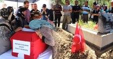 Darbe Girişiminde Şehit Olan Polis, Şehit Ağabeyinin Yanına Defnedildi