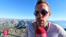 Le chanteur de Je suis Charlie sur la scène du Pic du Midi