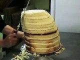 Pour l'anniversaire de son papa, elle réalise un gâteau qui va vous laisser bouche bée... De l'art tout simplement !