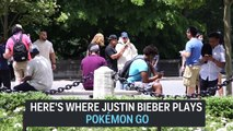 Justin Bieber with friends playing Pokemon Go - Pokémon GO in New York - July 18, 2016