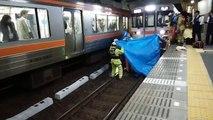 電車人身事故 死亡しかけ屍DQNの搬送現場 Train accident in japan