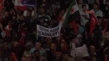 İzmirliler Darbe Girişiminin 7'nci Gününde de Meydanlarda
