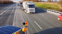 2017 Mercedes Benz Trucks- Highway Pilot Connect - Demonstration