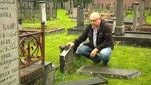 Historische graven vernield in Oude Pekela: Wie doet nou zoiets? - RTV Noord