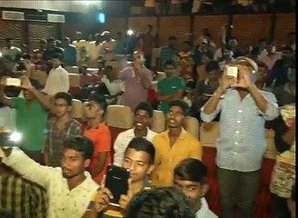 Aatadukundam Raa Team Visits Bramaramba Theater   Sushanth, Sonam   Aatadukundam Raa