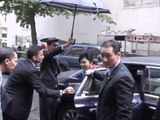 Yingluck Shinawatra arrives at President Thein Sein's hotel in NYC