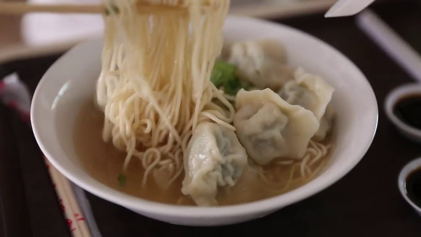 Best Hawker Centres to Visit in Singapore