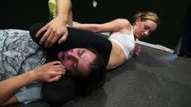 Mixed Wrestling Hot Girl Practices Mixed wrestling Headlock Headscissors Control