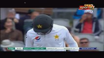 Very Funny Moment When a Girl Showed Play Card During Match