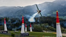 Matthias Dolderer Flies to Victory in Spielberg | Red Bull Air Race 2016