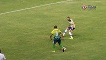 UHHH! Tiago Amaral chuta e Fernando Henrique evita o gol do Cuiabá