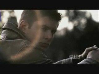 Video sur Dean, rigolote avec musique de Girlfriend de Avril Lavigne