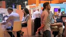 Pitch de la société Claria sur le stand @orange lors du salon Viva Technology