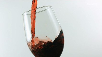 You have Been Holding Your Wine Glass Wrong!