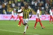 Fenerbahçeli Emenike, Monaco'ya Gözdağı Verdi