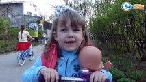 Кукла Ненуко. Поход в Зоопарк. Видео для детей – Ника кормит животных. Nenuco Doll