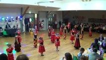 Danses à deux à Douarnenez – gala 2016 -  enfants initiés - danse en ligne