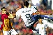 Jolie but de Zlatan Ibrahimovic pour une première avec Manchester United