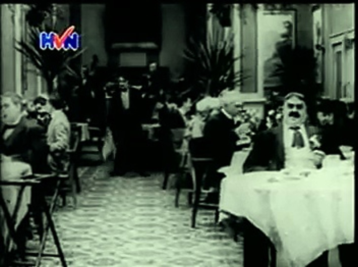 Charlie Chaplin's 'The Rink' (1916) - funny classic video