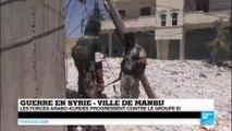 Syrie : les jihadistes de l'EI, en grande difficulté à Manbij, utilisent les civils comme boucliers humains