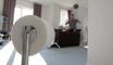 Un homme se lance un challenge très étrange avec du papier toilette