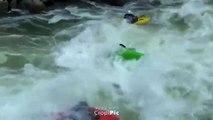 Pris au piège dans les remus d'une rivière, un kayakiste manque de se noyer !