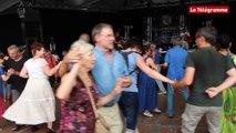 Festival Interceltique. Le parquet du quai de la Bretagne vibre
