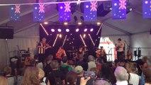 Une centaine de festivaliers au pavillon australien
