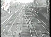 Isso é de loucos: veja como se repara linha ferroviária nesse país