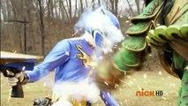 Power Rangers Megaforce - Going Viral - Blue Ranger lifts the Ax