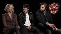 Hunger Games : La Révolte (Partie 1) - Interview Jennifer Lawrence, Josh Hutcherson &  Liam Hemsworth VO