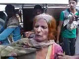 Public Caught The Women while She was Trying to kidnap Children - While she Have Drugs and Injection For faint