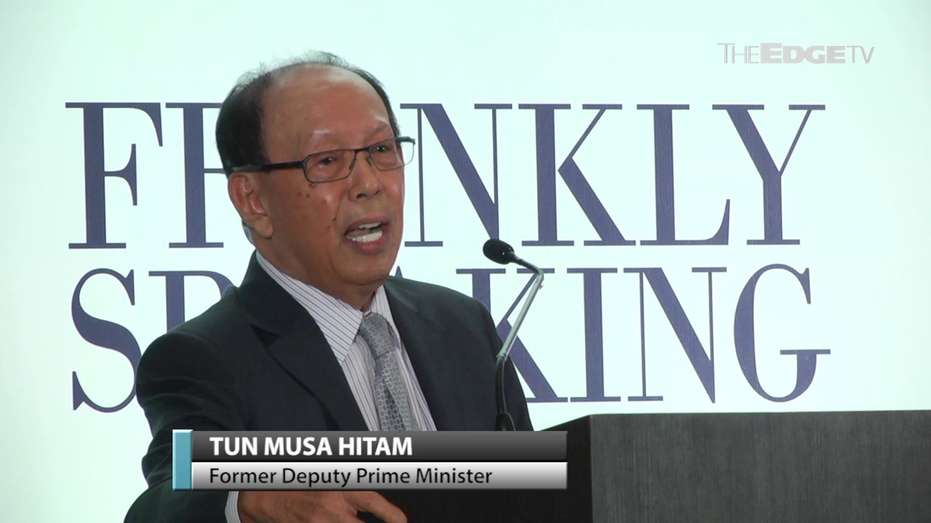 NEWS: Musa Hitam speaks frankly about life and politics in new book