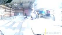 Un motard aperçoit des voleurs de vélo et se fait frapper !