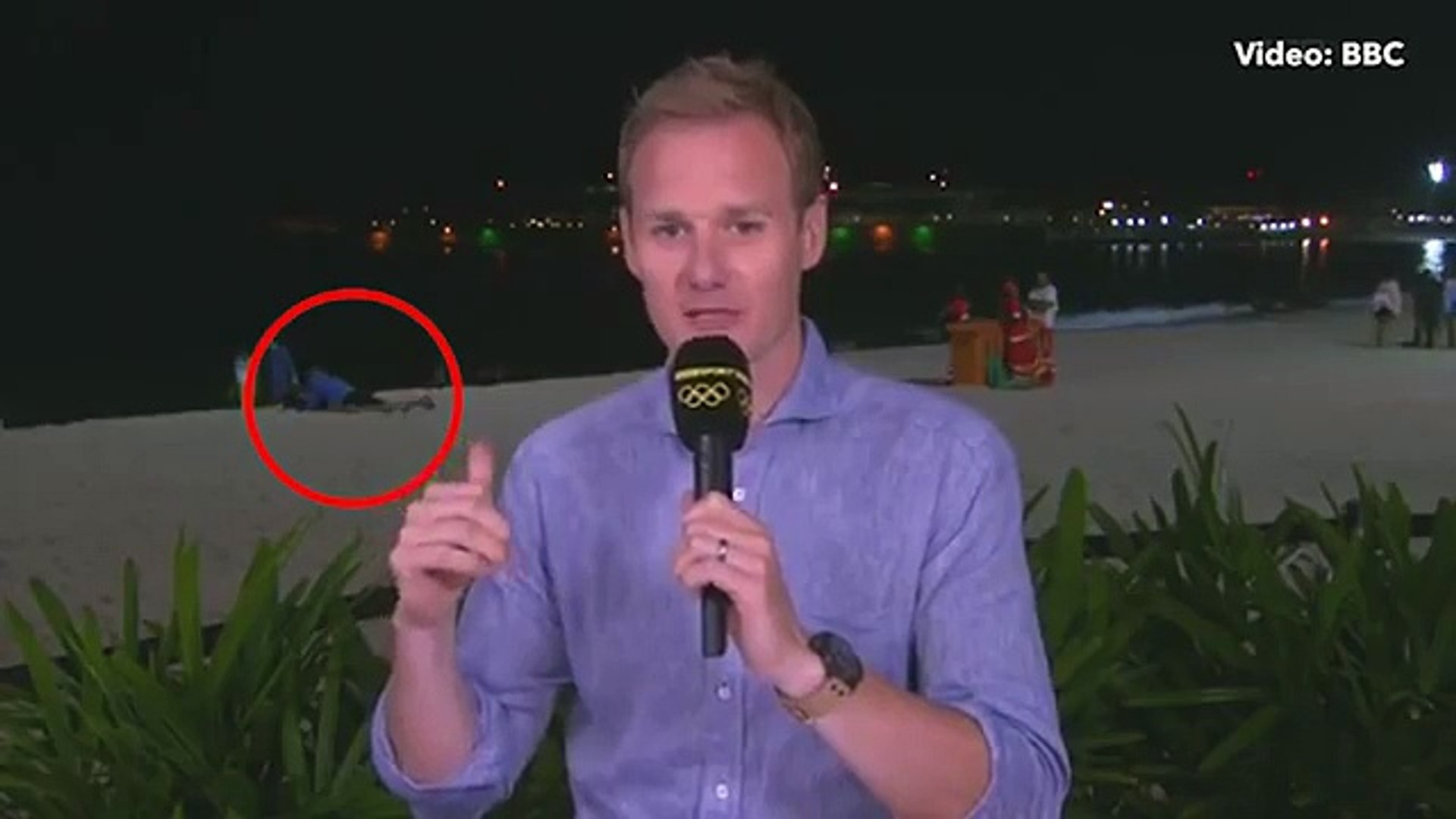 BBC live sex Olympics Dan Walker interrupted by couple having sex on Rio beach 2016