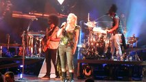 Gwen Stefani - It's My Life LIVE (1080p HD) @ Molson Canadian Amphitheatre Toronto