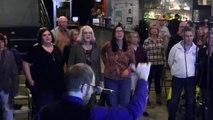 "Flash Chorus goes crazy singing ""Crazy"" by Gnarls Barkley"
