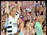Robbie Williams - Knebworth 2003 - Let Me Entertain You